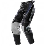 medium_07_speedpants_blk.jpg